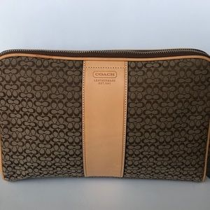 New Coach Signature brown toiletry cosmetic bag